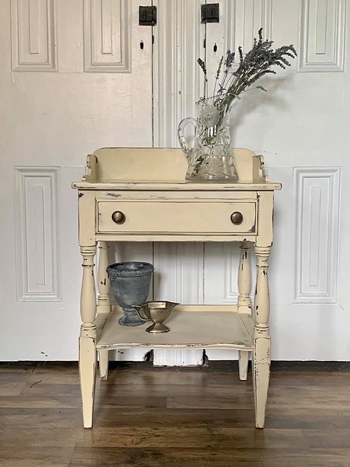 Wash Stand  | Old Ochre by Annie Sloan