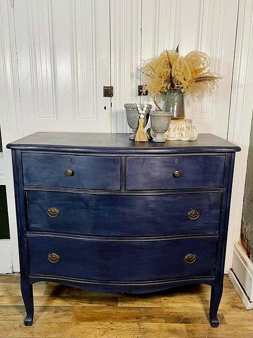 Dresser | Oxford Navy by Annie Sloan Chalk Paint