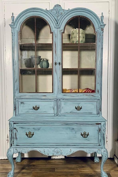 China cabinet | Bergere blend by Miss Mustard Seed's Milk Paint