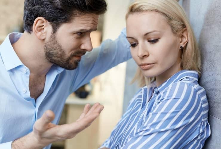 Eifersucht bekämpfen: Kommunikation hilft