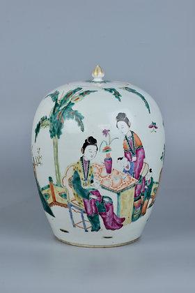 Vaso cinese con personaggi