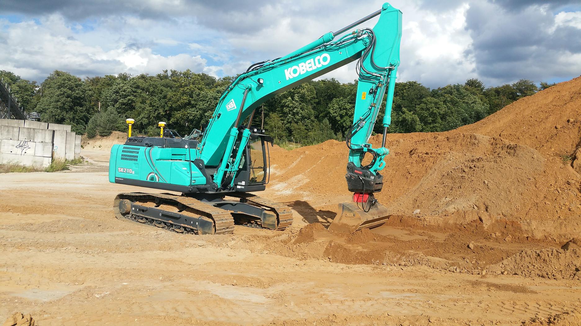 Trimble Earthworks for Excavators - Kobe