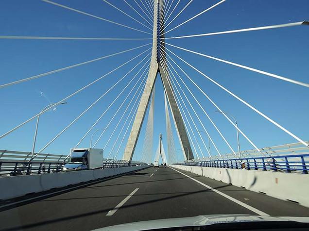 Atravesando el Puente de La Pepa