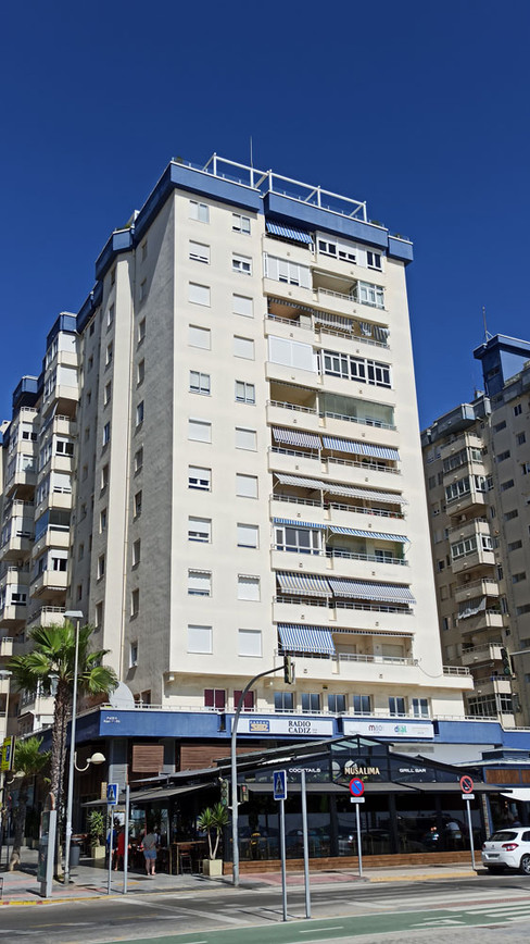 Edificio donde viven Ana y Mario