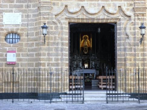 Entrada iglesia Ntra. Sra. de La Palma