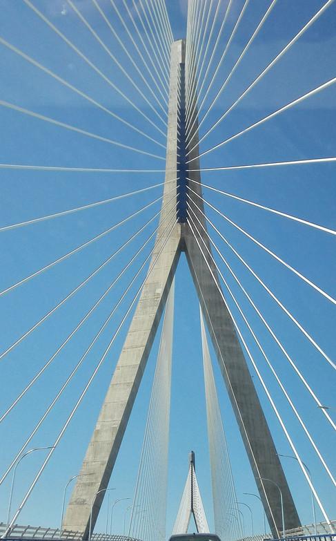 Torre del puente de La Pepa