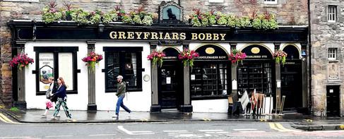 Exterior del pub que sirvió de inspiración para el Brodie's