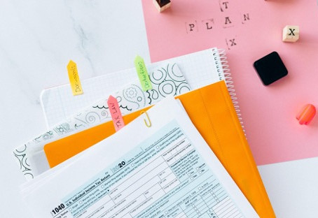 Essential Tax Tips and Resources for Creative Freelance Professionals