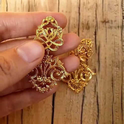 Oneira Earrings
