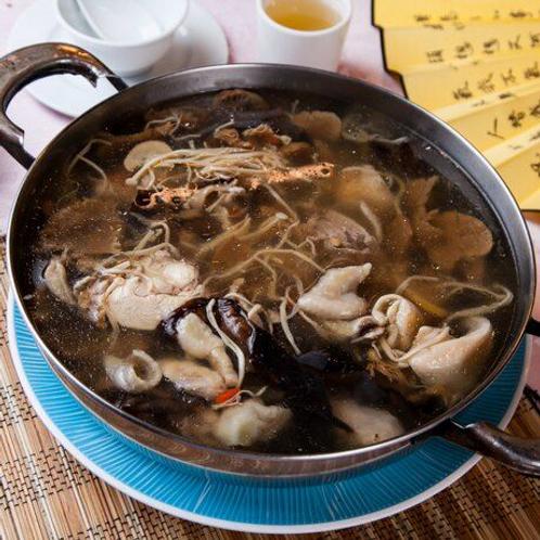 桑爾百菇雞湯