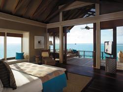 SLMD_ water villa bedroom