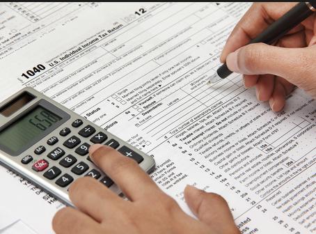 Gastos de educación que podrás desgravar en tu próxima declaración de la renta.