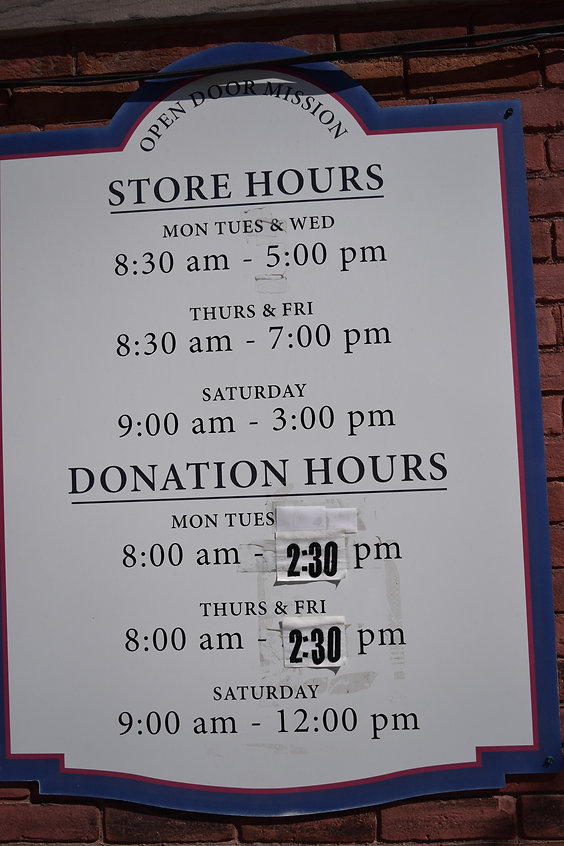 store hours sign.JPG