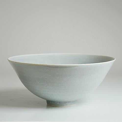 A medium bowl in grey