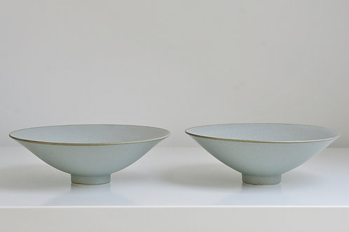 A small bowl in blue-grey