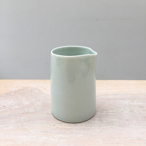 A pourer in celadon