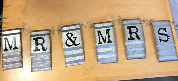 Rustic Mr & Mrs Sign