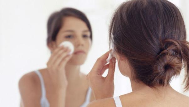 Testosterona Alta em Mulheres: Como Identificar e Baixar este Hormônio