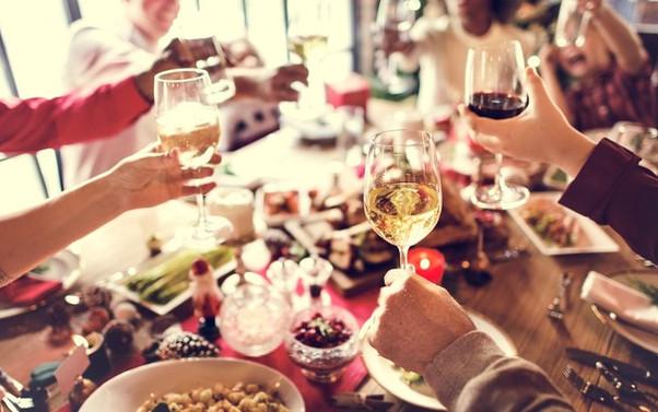 Como evitar a intoxicação alimentar nas festas de fim de ano