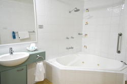 SPA Bath (in 16 Apartments)