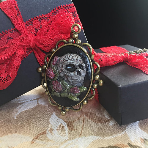 Gothic Skull Cameo Necklace