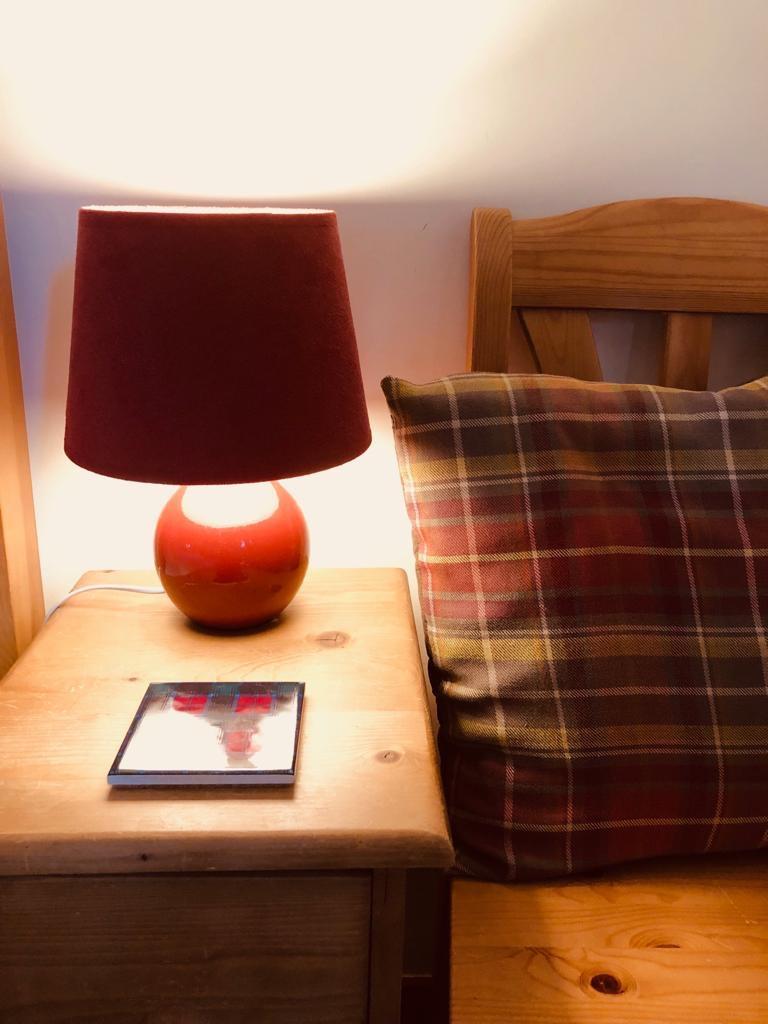 Double bedroom - bedside lamp