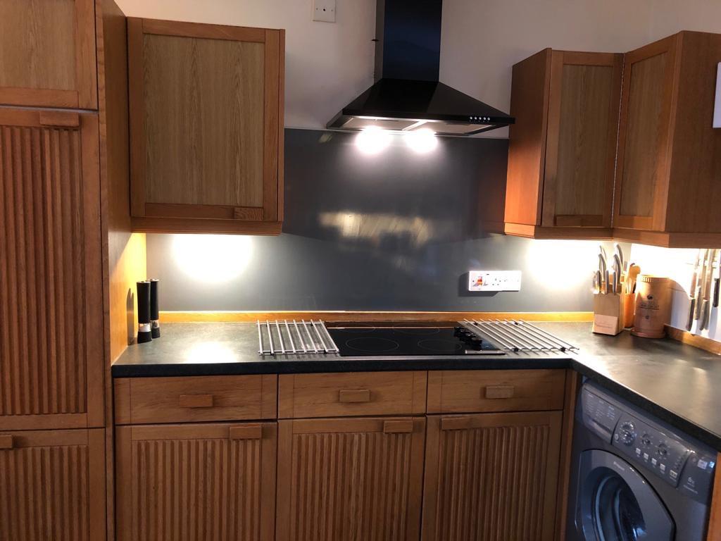 Treehouse Kitchen 1