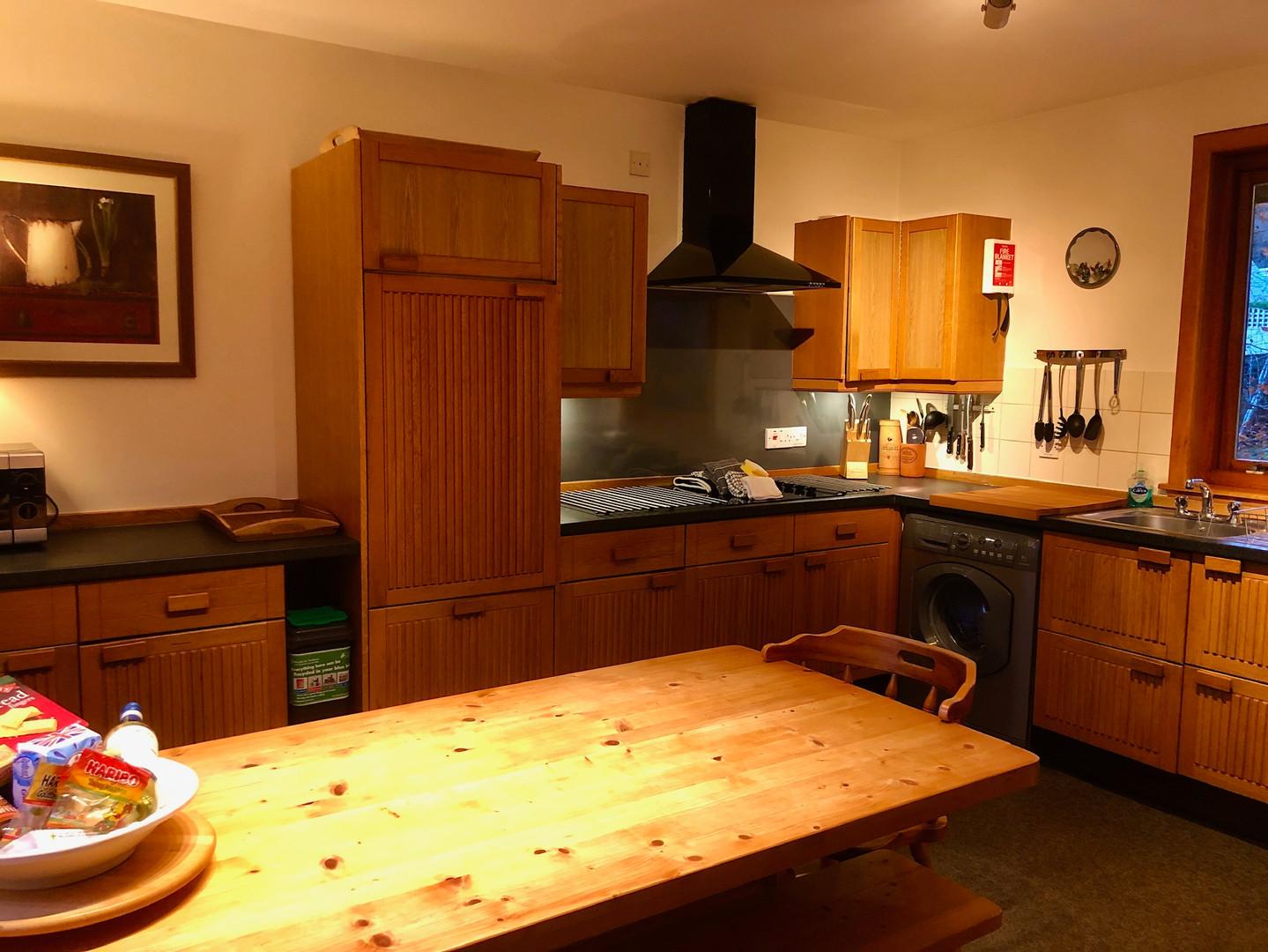 Treehouse Kitchen 7