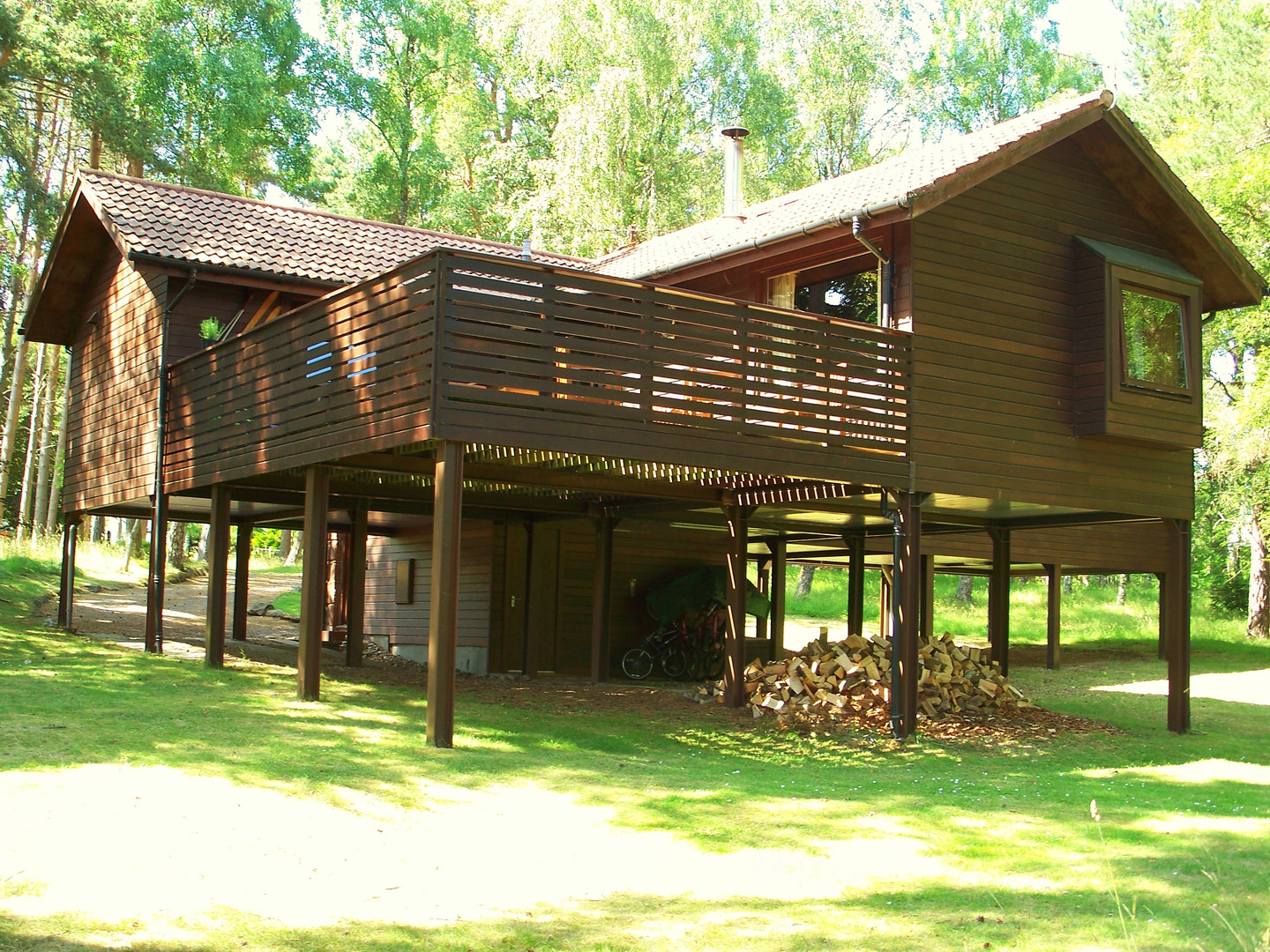 The fabulous high level Treehouse deck