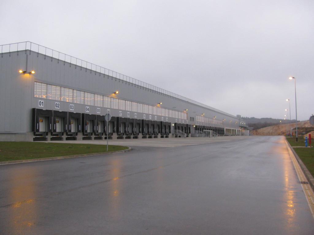 Skladišno distributivni centar, Perušić