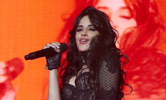 Camila Cabello cantó junto a David Bisbal