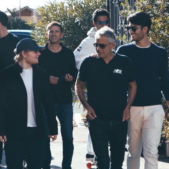 Ed Sheeran junto a Andrea Bocelli