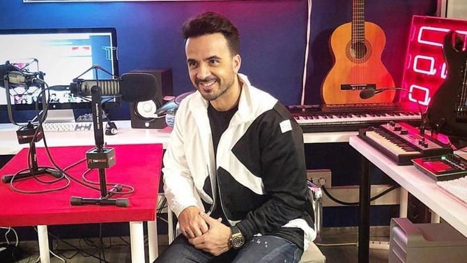 Luis Fonsi trabaja en nueva música
