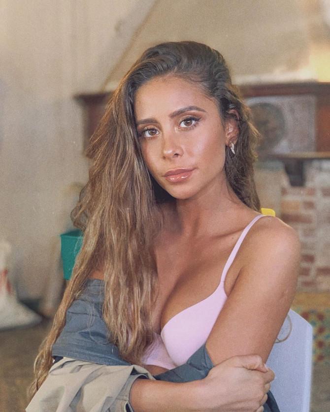 Cami anuncia show en Argentina