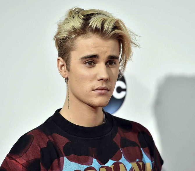 Justin Bieber presenta nuevo álbum en el Día de los Enamorados