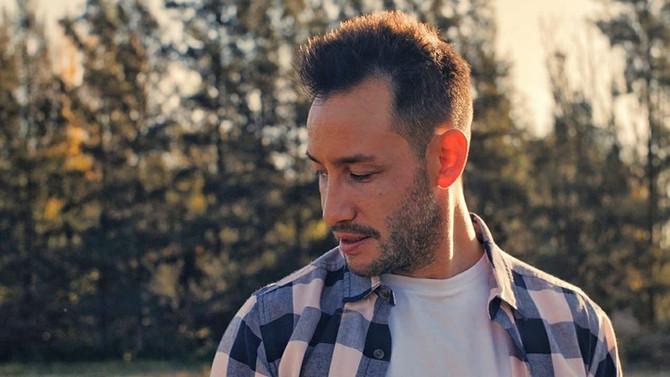 Luciano Pereyra reversiona 'Me Enamoré de Tí' de David Bisbal junto Lang Lang