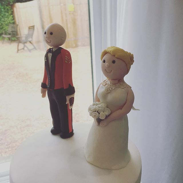 Personalised wedding cake topper from _calleys_cakes #weddingcake #sussexwedding #sussexcakemaker #c