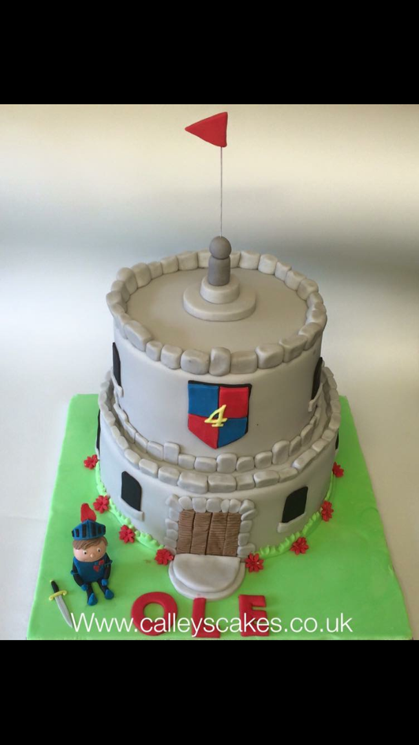 castle cake, boys castle cake, mike the knight cake, custom made cake, burgess hill cake, boys birthday cake, childs birthday cake, knight birthday cake, two tier birthday cake,