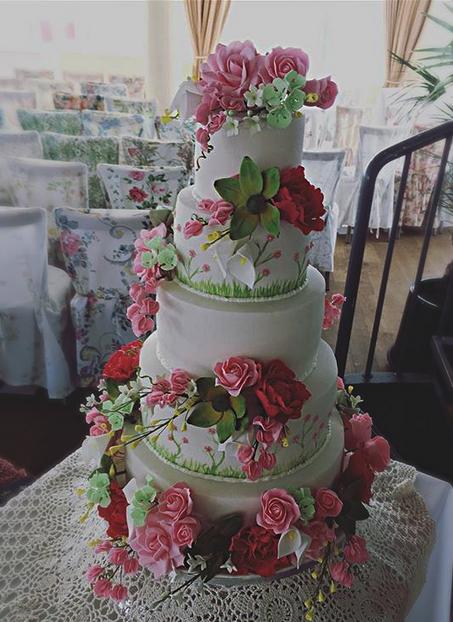 floral wedding cake, vintage wedding cake, flower wedding cake, luxury wedding cake, 5 tier wedding cake, wedding cake with flowers, colourful wedding cake, spring wedding cake, Worthing pier wedding cake, roses wedding cake, sweetpeas wedding cake, peonies wedding cake, floral display wedding cake, luxury wedding cake, kat kidston wedding cake, vintage floral wedding cake,