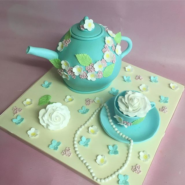 Teapot birthday cake with teacup p