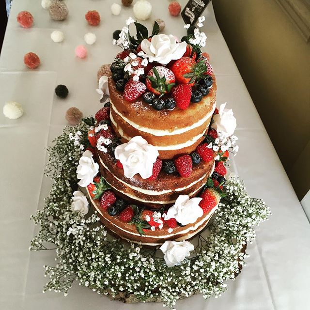 Naked wedding cake Worthing