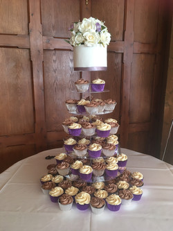 wedding cupcakes at the Ravenswood