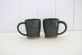 navy / olive mugs