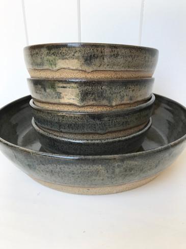 large serving dish + plate set