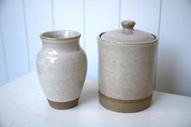 vase / cookie jar