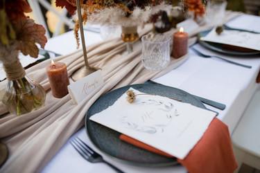 Menü- und Tischkarten