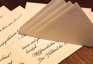 stapel-briefe-handschrifliche-adressen