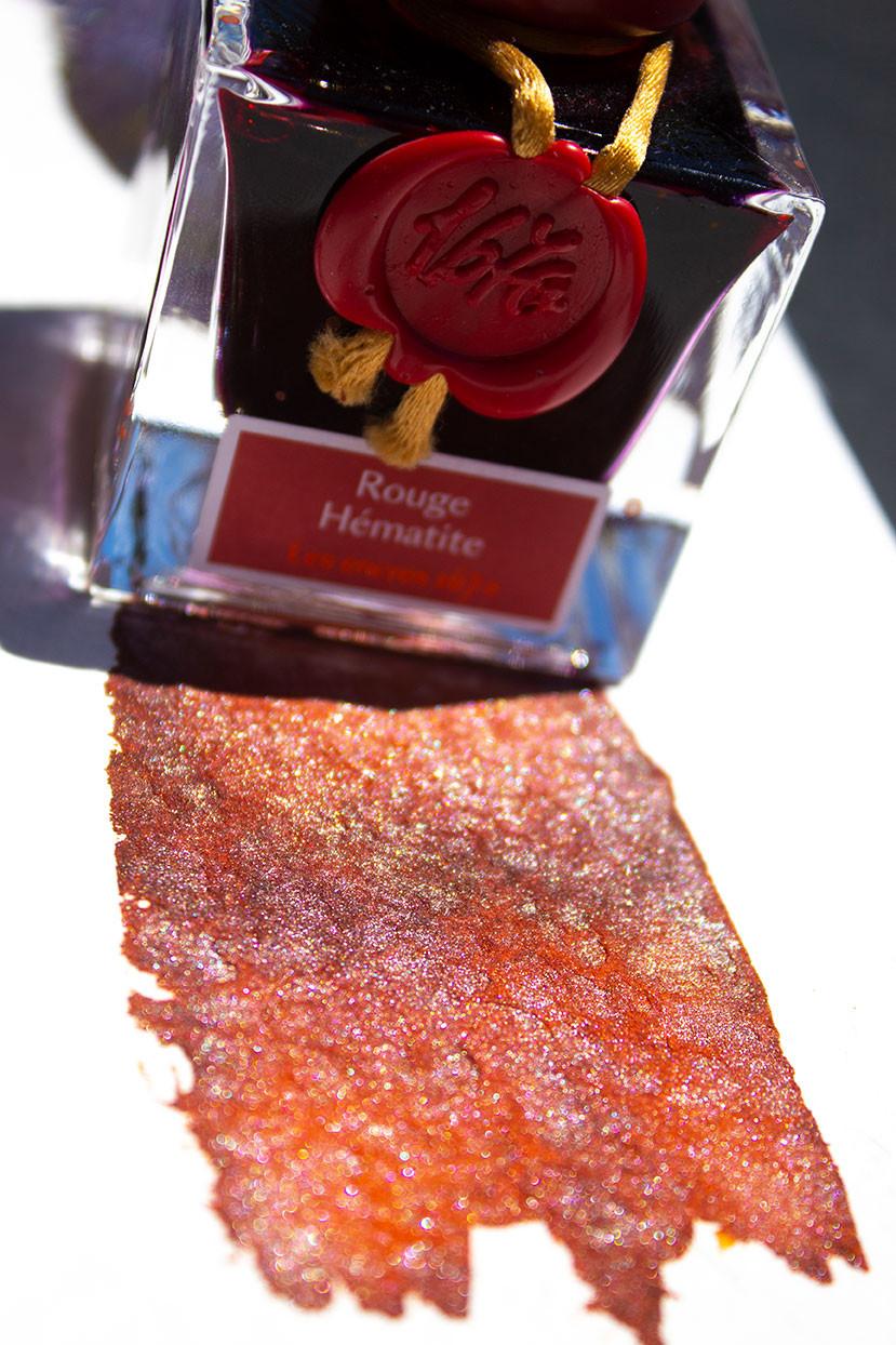 Rouge Hématite rote Schimmertinte aus dem Hause J. Herbin