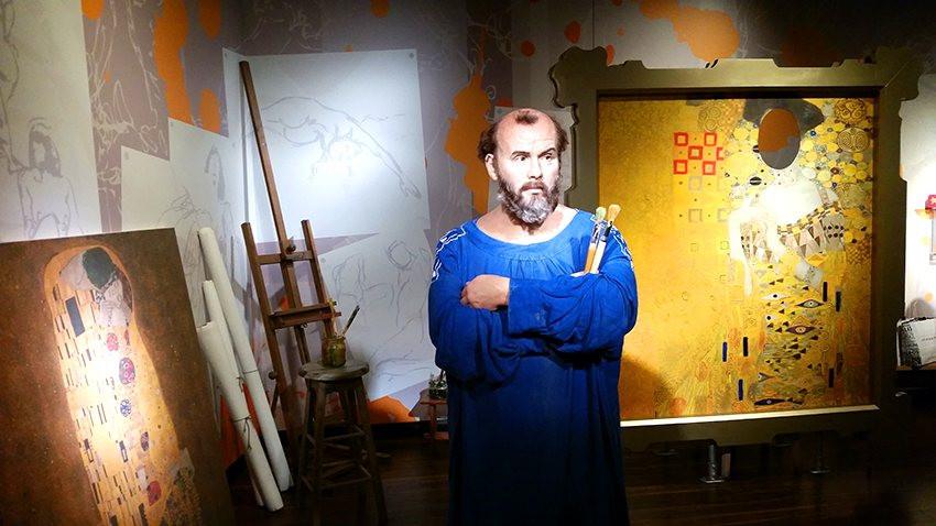 Der Meister in Madame Tussauds Wachsfigurenkabinett in Wien