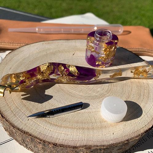 Ergonomisches Federhalter-Set in violett/gold